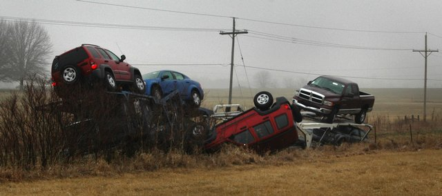 Auto Transport Accidents And Car Hauler Crash Pictures Auto